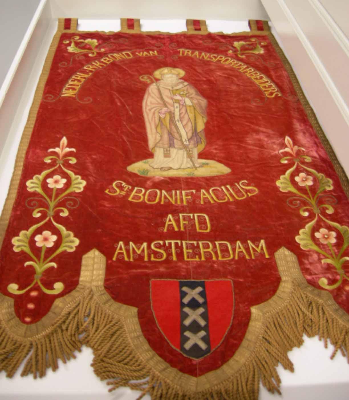Vaandel Nederlandsche Roomsch Katholieke Bond van Transportarbeiders St. Bonifacius, Afd. Amsterdam